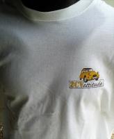 T Shirt blanc logo jaune en coeur et logo jaune centre dos