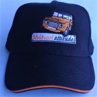 Casquette de qualité noire avec bordure orange et  logo Mehari orange  brodé en France