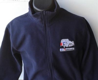 Polaire à zip integral avec logo 2cv Cocorico brodé en France